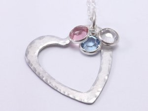 missashley heart necklace
