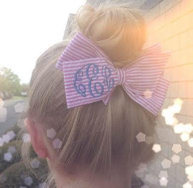 How pretty is this Seersucker Monogrammed Hair Bow?!