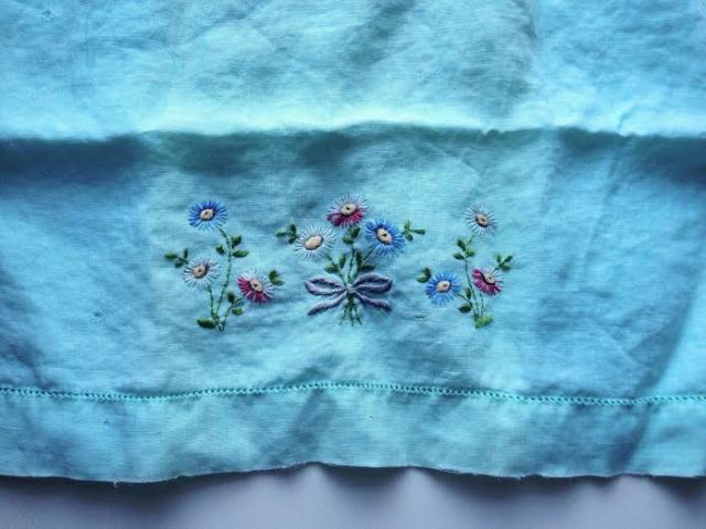 Vintage hanky - check out those gorgeous embroidered flowers!